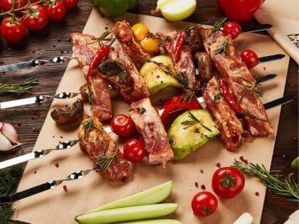 Свиные ребра с овощами и травами п/ф