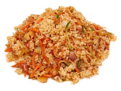 Рис с беконом и капустой Ким чи